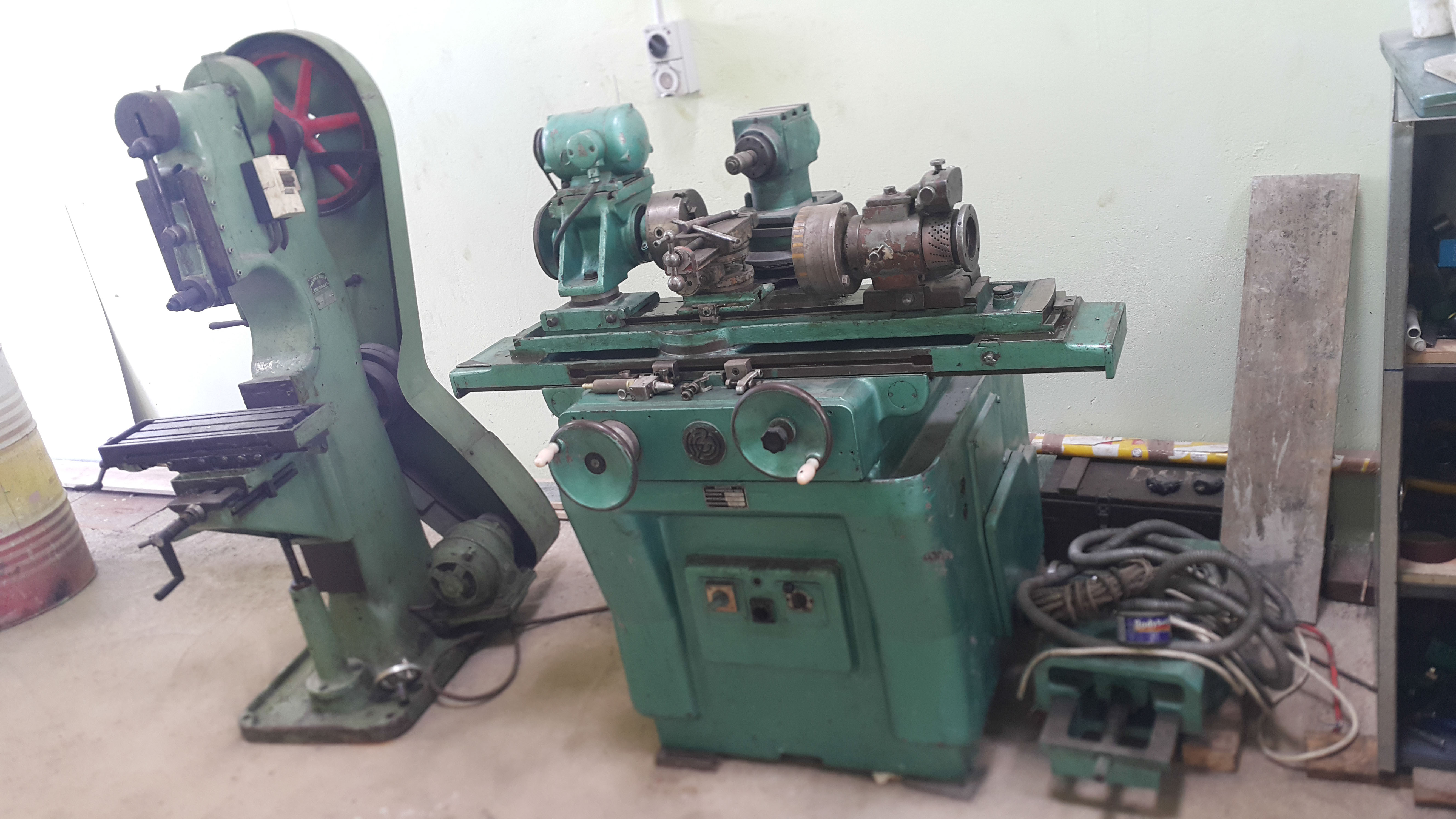 03 Tool and cutter grinder