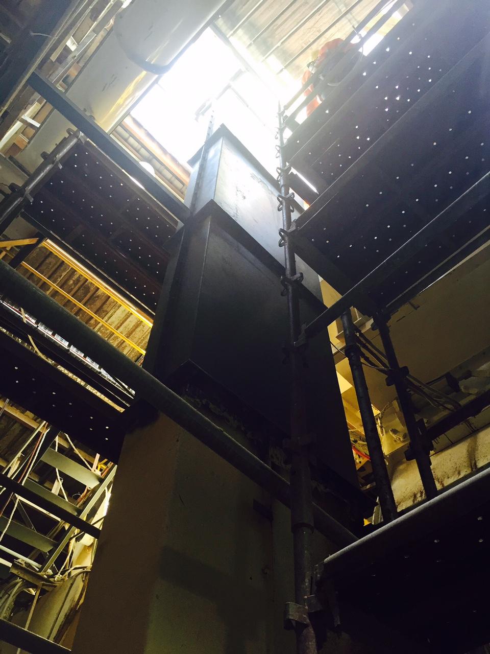 08 Elevator 08